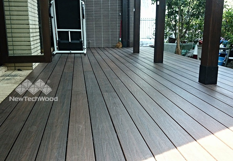Long and lasting composite deck